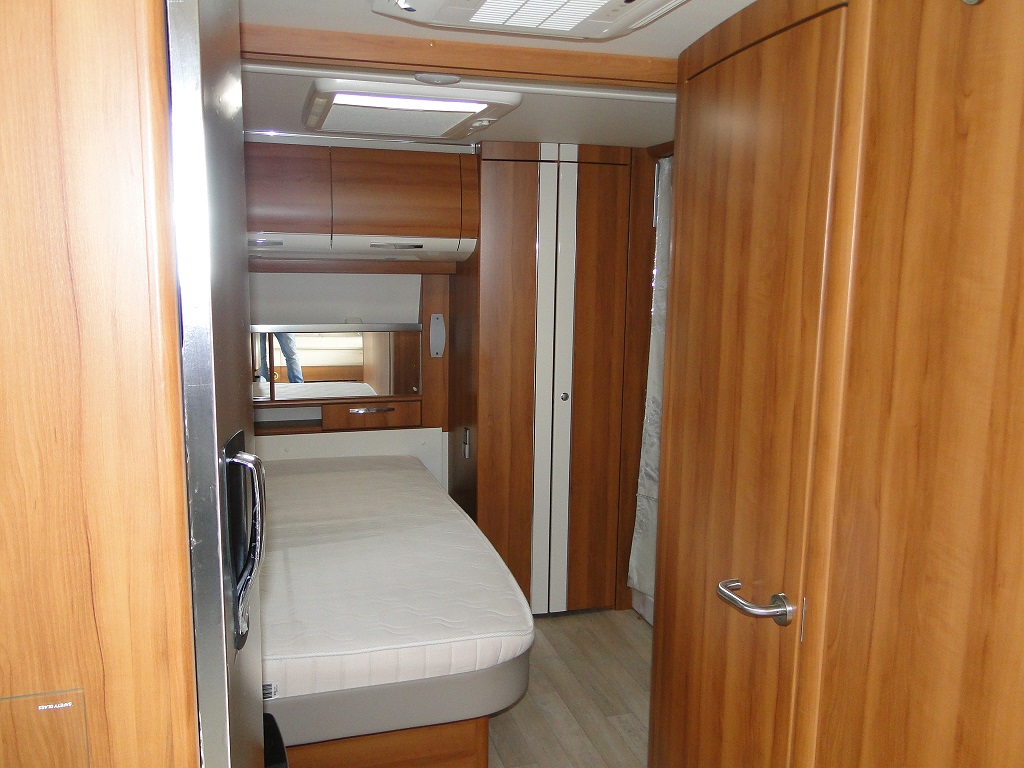 caravane occasion fendt diamant 620 modele 2014. Black Bedroom Furniture Sets. Home Design Ideas